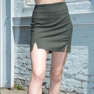 🍁🥧RARE Brandy Melville Cara Skirt